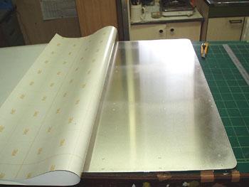 アルミ板に3M白ベタ貼り